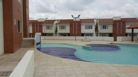 Departamento En Venta En Condominio Monteverde