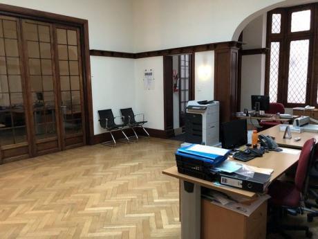 Oficina En Alquiler 7 Dormitorios O Mas