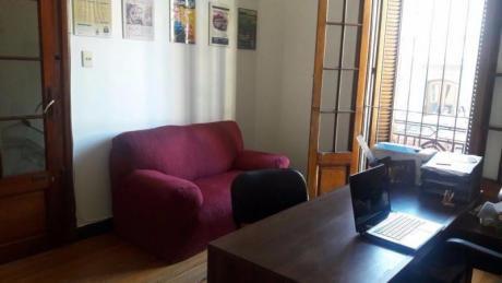 Venta De Casa 4 Dormitorios En Cordon Sur