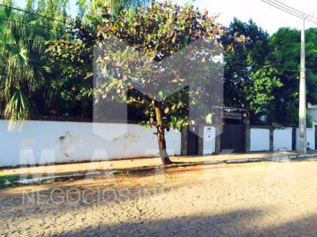 Vendo Predio En Fernando De La Mora Zona Norte, A Pasos De La Municipalidad