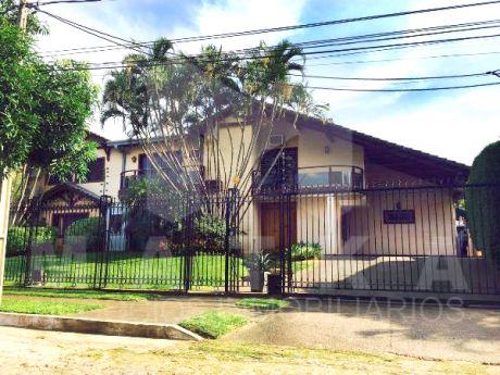 Vendo Residencia En Barrio Carmelitas