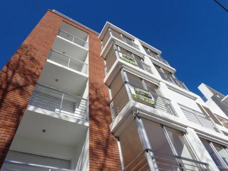 Apartamento Próximo A Montevideo Shopping