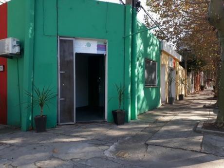 Alquiler - Centro - Local En Centro Colonia