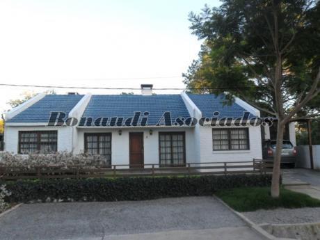 Venta - Real De San Carlos - Casa 4 Dorm.