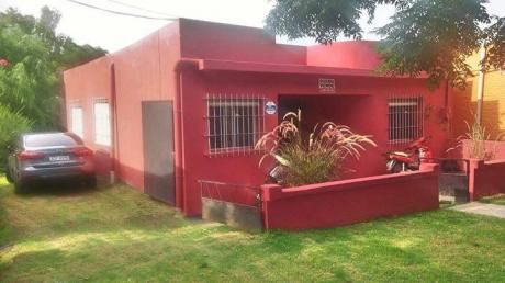 Venta - Colonia - Venta Casa De Tres Dormitorios