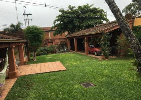 Vendo Casa Zona  Barrio Las Mercedes