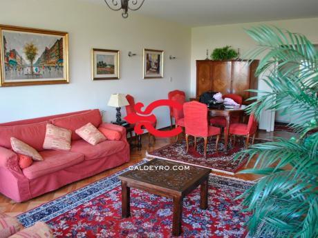 Apartamento En Villa Biarritz. Ref: 5771
