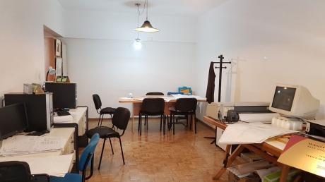 Plaza Del Entrevero 2 Dorm, 2 Baños, Tza,calef/losa Vig 24 Hrs