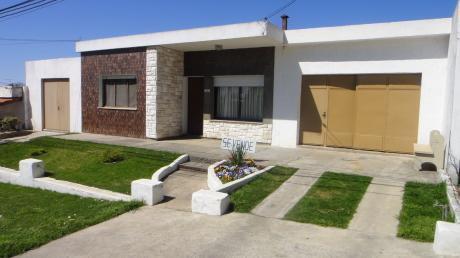 Hermosa Casa 4 Dorm -2 Baños -hermosa Galeria Con Parrilla