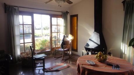 Excelente Casa A 4 Cuadras De La Playa , 3 Dorm Y 2 Baños