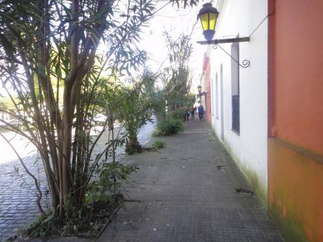 Excelente Casona Colonial En Plaza Mayor Barrio Historico