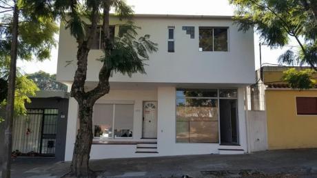 Hermosa Casa A La Venta De 3 Dormitorios,2 Baños Y Salón!!