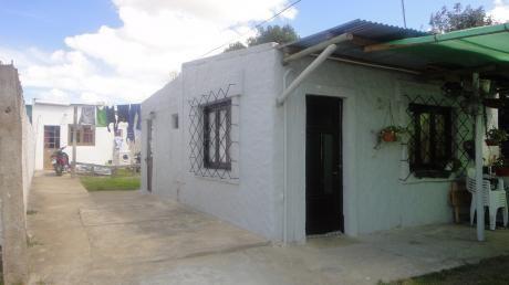 Casas En Un Solo Padron  1 Y 2 Dormitorios, BaÑo, Cocina Comedor Living