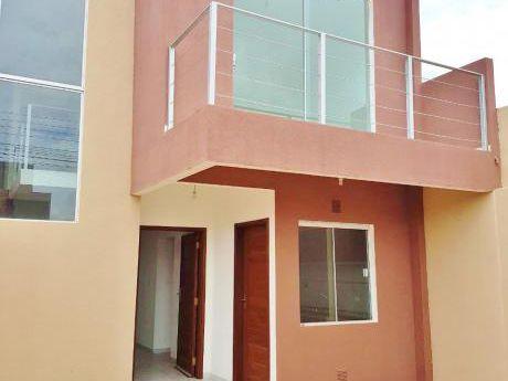 Hermosa Casa De 2 Plantas En Alquiler Zona Norte 6to Anillo
