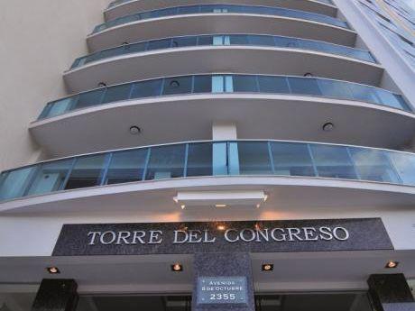Oficina En Torre Del Congreso. Montevideo.