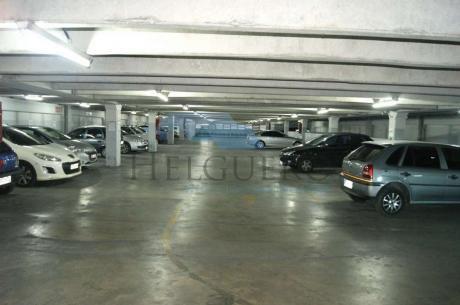 Venta Parking 173 Vehículos En 4200 M2 Excelente Renta
