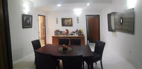 Vendo Casa Con Piscina En Fernando De La Mora Norte