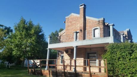 Casa En Calle Buena Vista, 3 Dormitorios