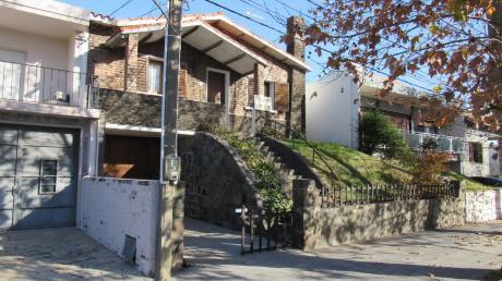 Casa En Calle María Nimo