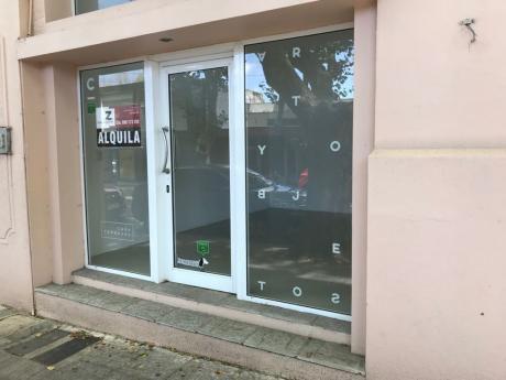 Local Comercial, Calle Rivera