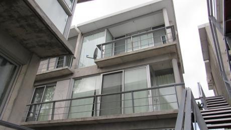 Apartamento En  Edificio I + O, Unidad 104