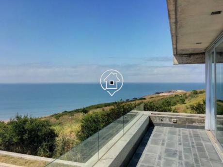 Espectacular Apartamento En Venta En El Lomo De Punta Ballena  Edificio Premium - Ref: 104