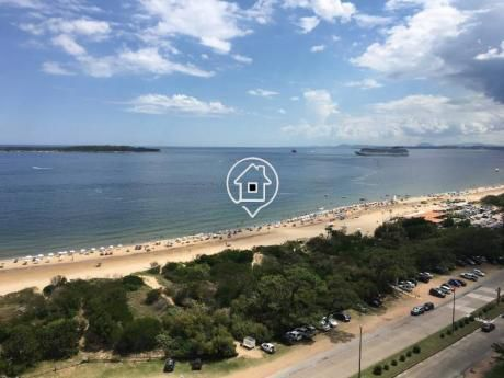 Apartamento Frente Al Mar Playa Mansa Punta Del Este Tunquelen - Ref: 125