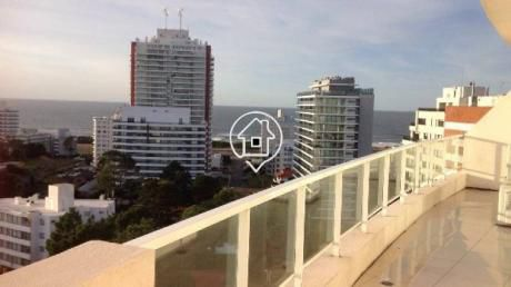Apartamento Punta Del Este Parrillero Terraza Con Parrillero Propio Piscina Disponible Febrero  - Ref: 23