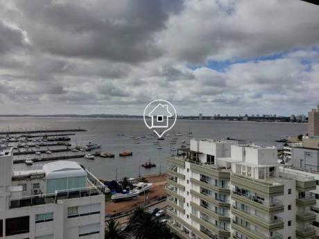Apartamento En Venta Peninsula Punta Del Este 3 Dorm + Servicio - Ref: 68