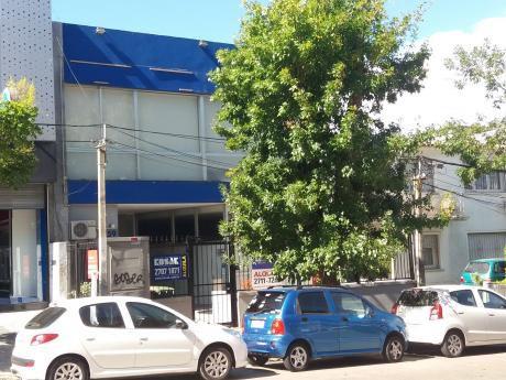 Gran Local Para Alquilar Frente A Punta Carretas Shopping