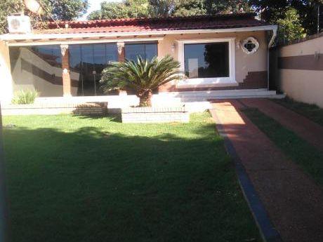 Alquilo Casa Amoblada En El Km 6 Con Piscina!!