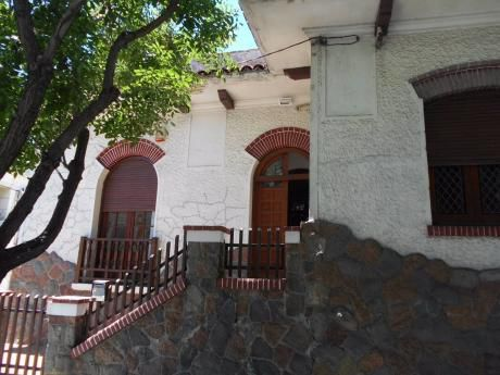 Agraciada Y Suárez