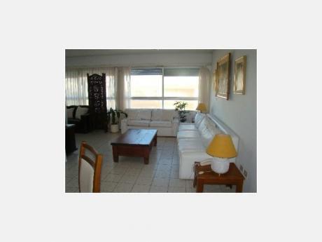Apartamentos En Península: Dga1230a
