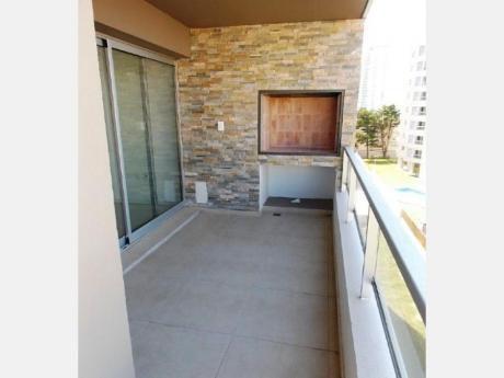 Apartamentos En Playa Brava: Dga1349a