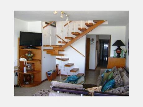 Apartamentos En Península: Dga1690a