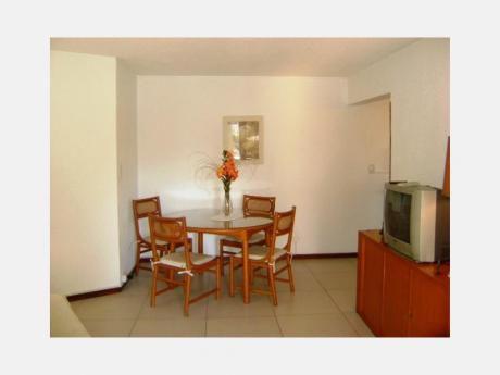 Apartamentos En Playa Brava: Dga1713a