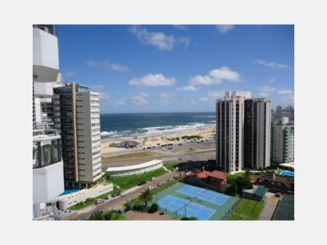 Apartamentos En Playa Brava: Dga1821a