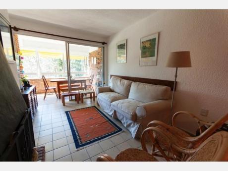Apartamentos En Playa Mansa: Dga2028a