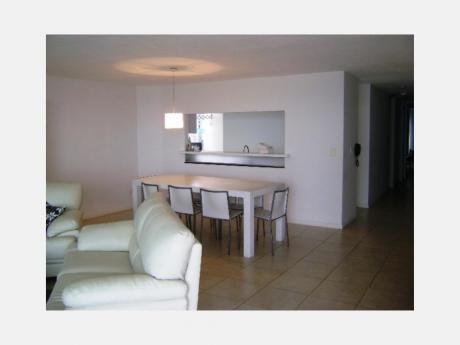 Apartamentos En Playa Brava: Dga514a