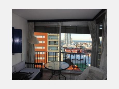 Apartamentos En Península: Dga709a