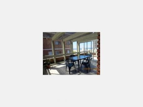 Apartamentos En Playa Brava: Dga775a