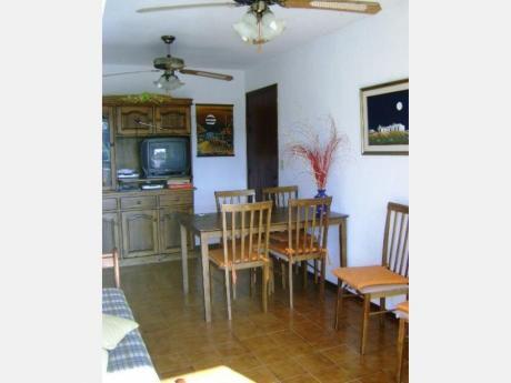 Apartamentos En Playa Mansa: Dga836a