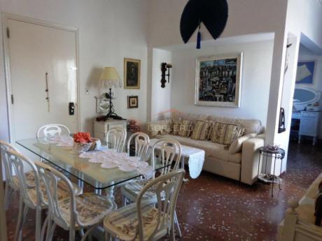 Apartamentos En Península: Gor10005a
