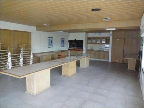 Apartamentos En Playa Brava: Gor10145a