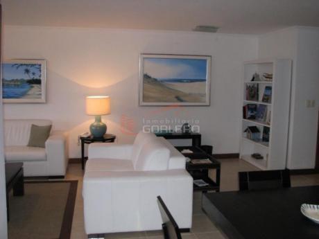 Apartamentos En Playa Brava: Gor10900a
