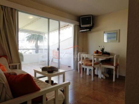 Apartamentos En Península: Gor12822a
