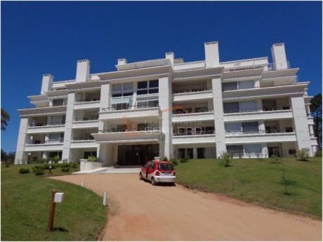 Apartamentos En Solanas: Gor13485a