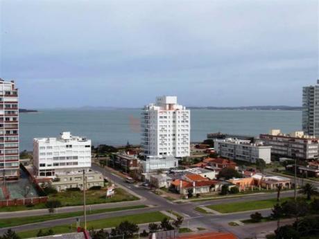 Apartamentos En Playa Brava: Gor13714a