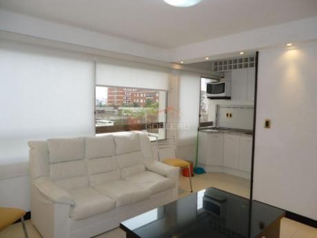 Apartamentos En Península: Gor14279a