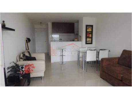 Apartamentos En Playa Mansa: Gor14590a